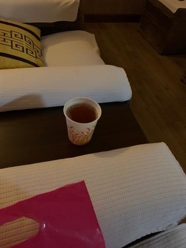 老闆娘好好人 按完比係喺到飲茶慢慢坐  試左個按身按腳90分鐘 好夠力好到位 個膊頭同腰都鬆晒 環境夠大又乾淨 整體上都好好☺️