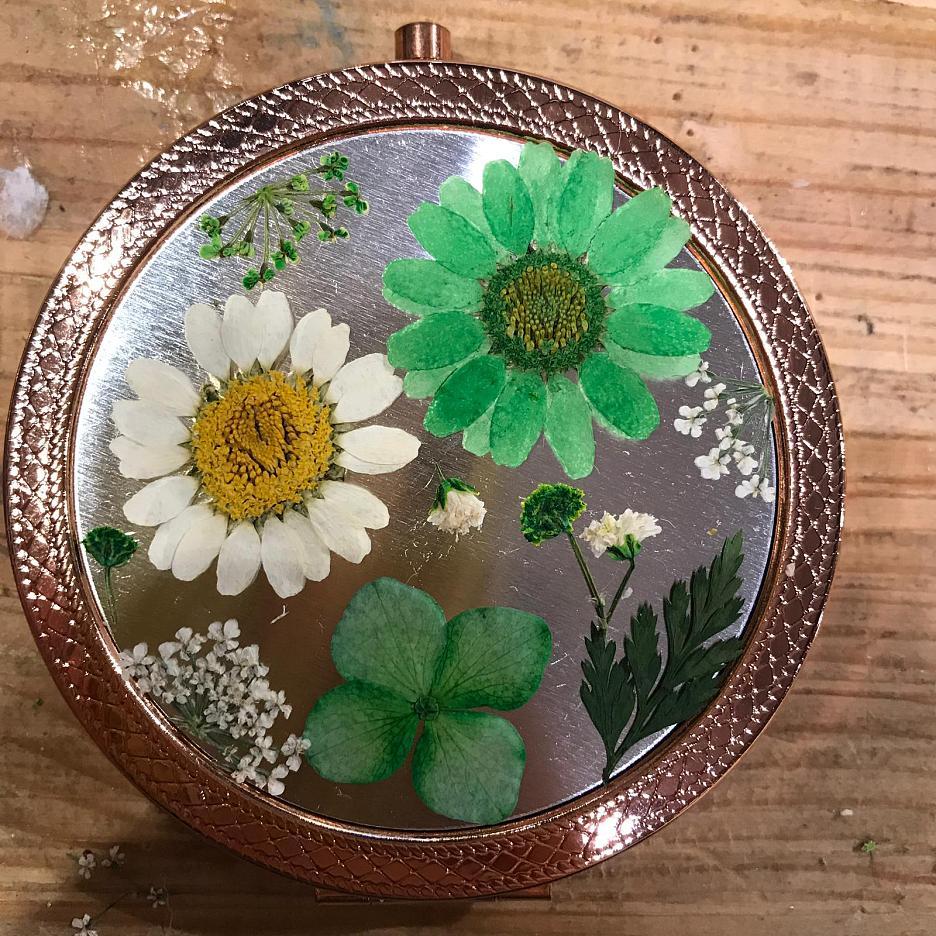 【Exclusive Offer】Dried Flower Mirror Workshop @ Little Bigger