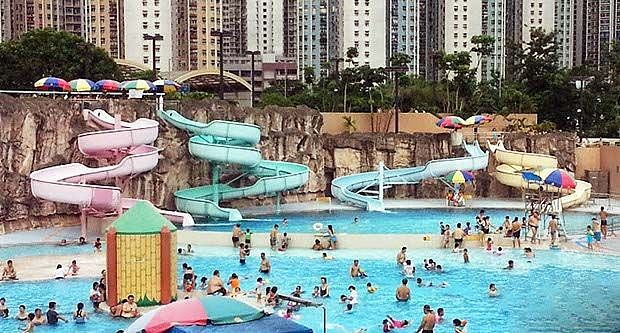 Water Slide@ Hong Kong Public Pool