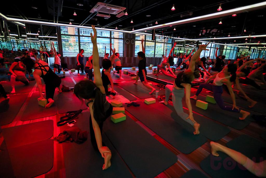 課室有安裝紅外線熱燈,可以進行紅外線Yoga