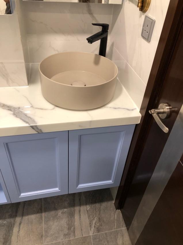 安裝洗手盒連龍頭
