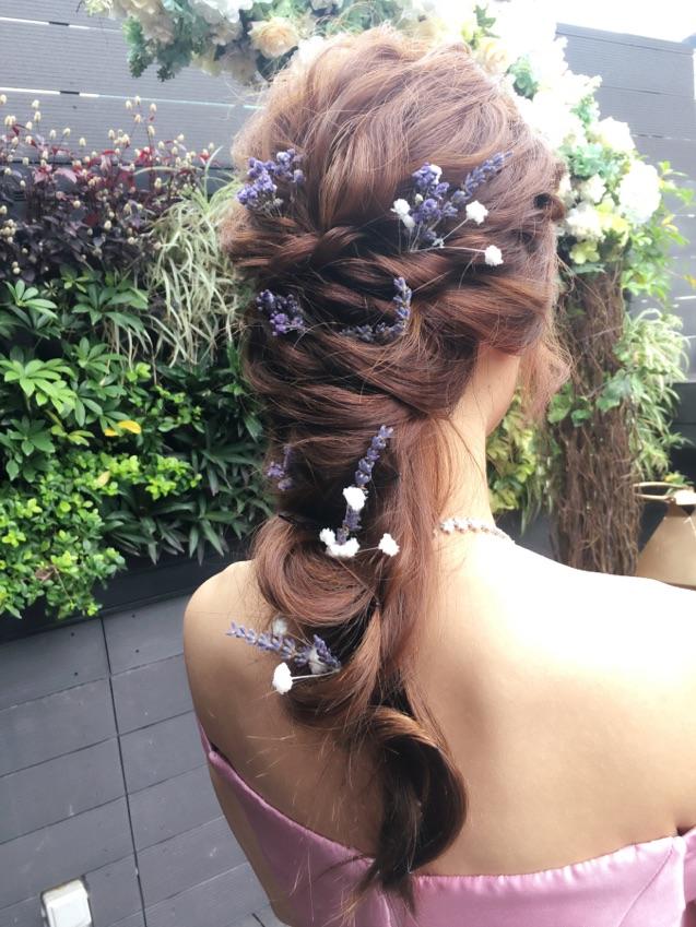 戶外婚禮|Pre-wedding 造型 配搭薰衣草乾花,令髮型隨心又帶點隆重感