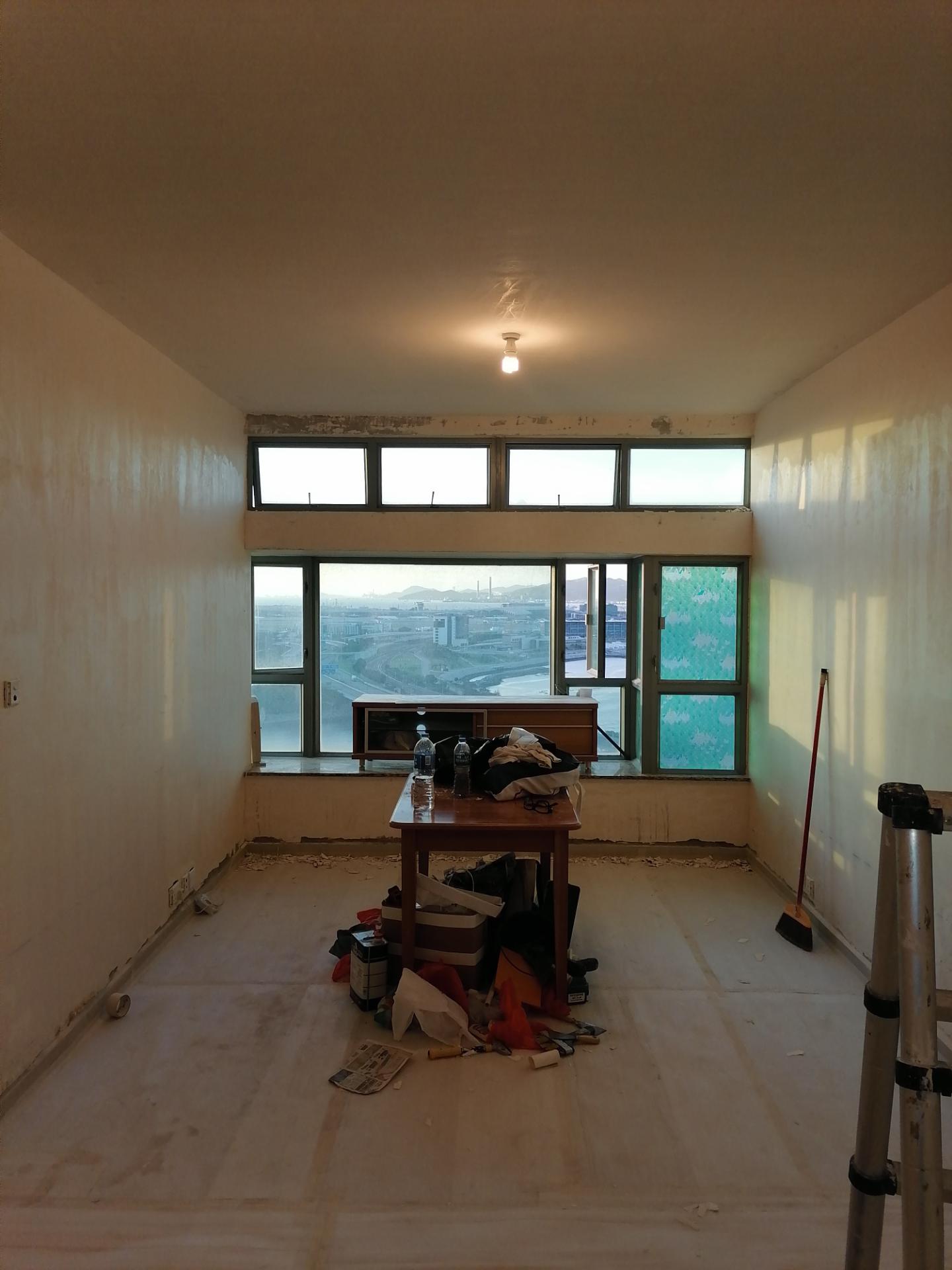 東涌東堤灣畔6座B單位3房1廳 油漆項目: 全屋鏟底,新造批盪,飾面乳膠漆 訂造傢俬項目: 床架,衣櫃