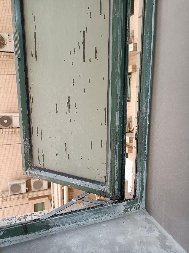 維港灣鋁窗修補改色前
