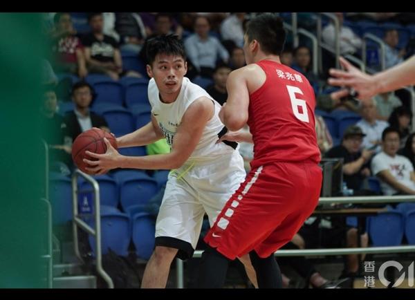 Coach_hing