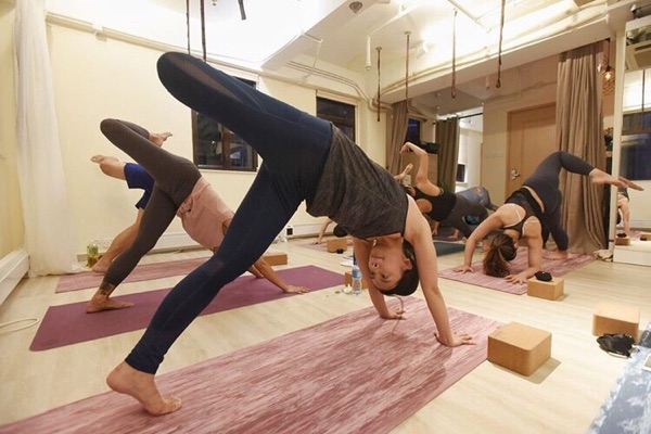 Earth Yoga & Meditation