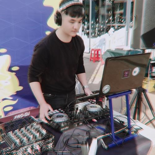 DJAxl