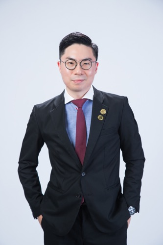 Josh Chan (佐治哥)