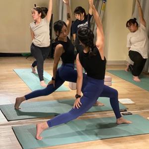 瑜珈/筋骨伸展  | Jackie